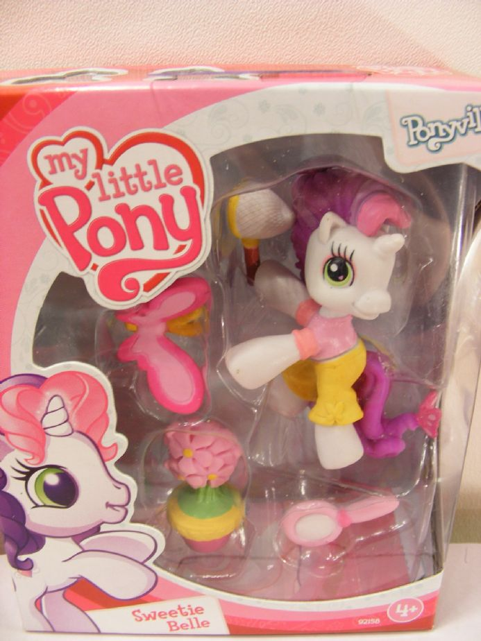 BNIB MY LITTLE PONY PONYVILLE SWEETIE BELLE MLP PONY